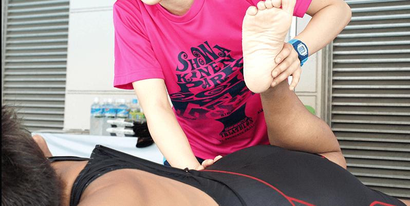 疲労した身体をほぐし、体のバランスをよくするスポーツマッサージは一般の方にも有効なのです。